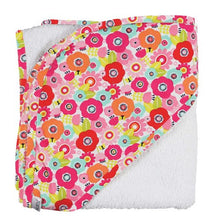 Load image into Gallery viewer, C.R. Gibson Hooded Towel And Washcloth Set, Cutie Pie