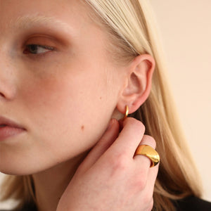 CALLA RING / GOLD - BAR JEWELLERY