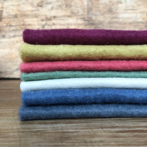 7 piece bundle ~ Winter colours ~ various sizes