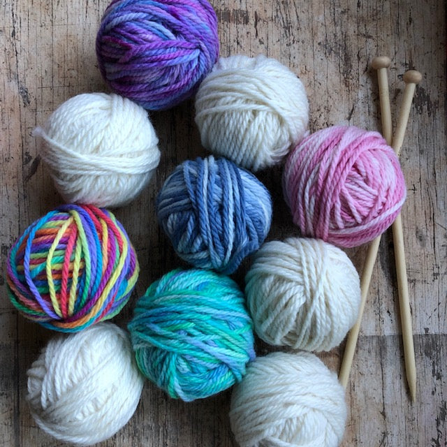 10 x 50g balls of wool ~ 5 natural + 5 coloured (with or without 8mm bamboo knitting needles)