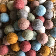 Load image into Gallery viewer, 3.5cm wool felt balls ~ 7 individual earthy tones ~ fair trade