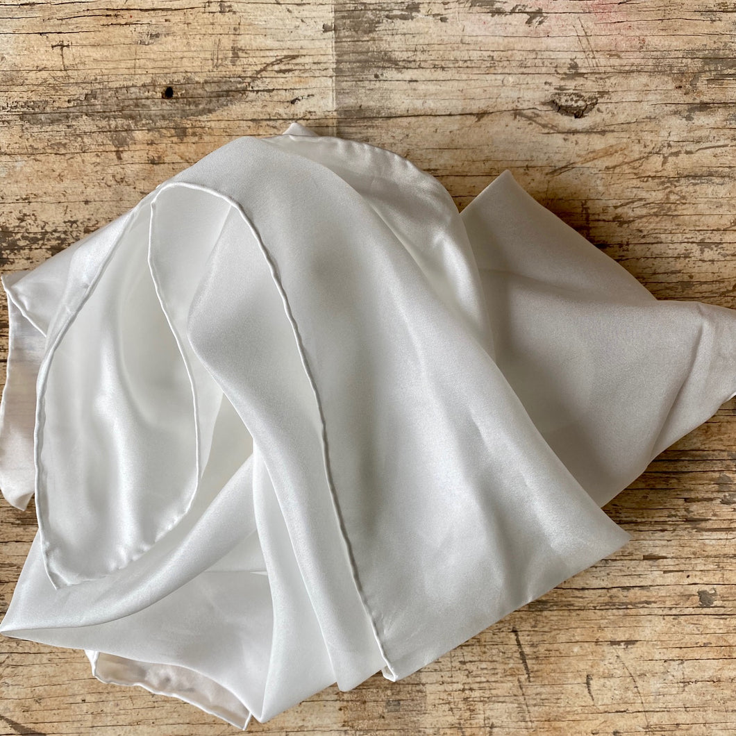 Undyed silk play cloths