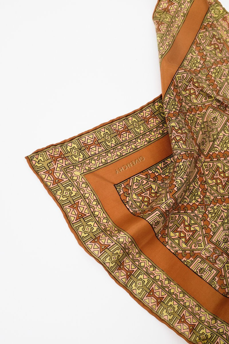 0133_GIVENCHY SILK SCARF