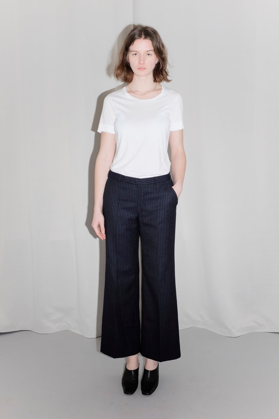 0372_WOOL NAVY CROP FLARED PINSTRIPES PANTS