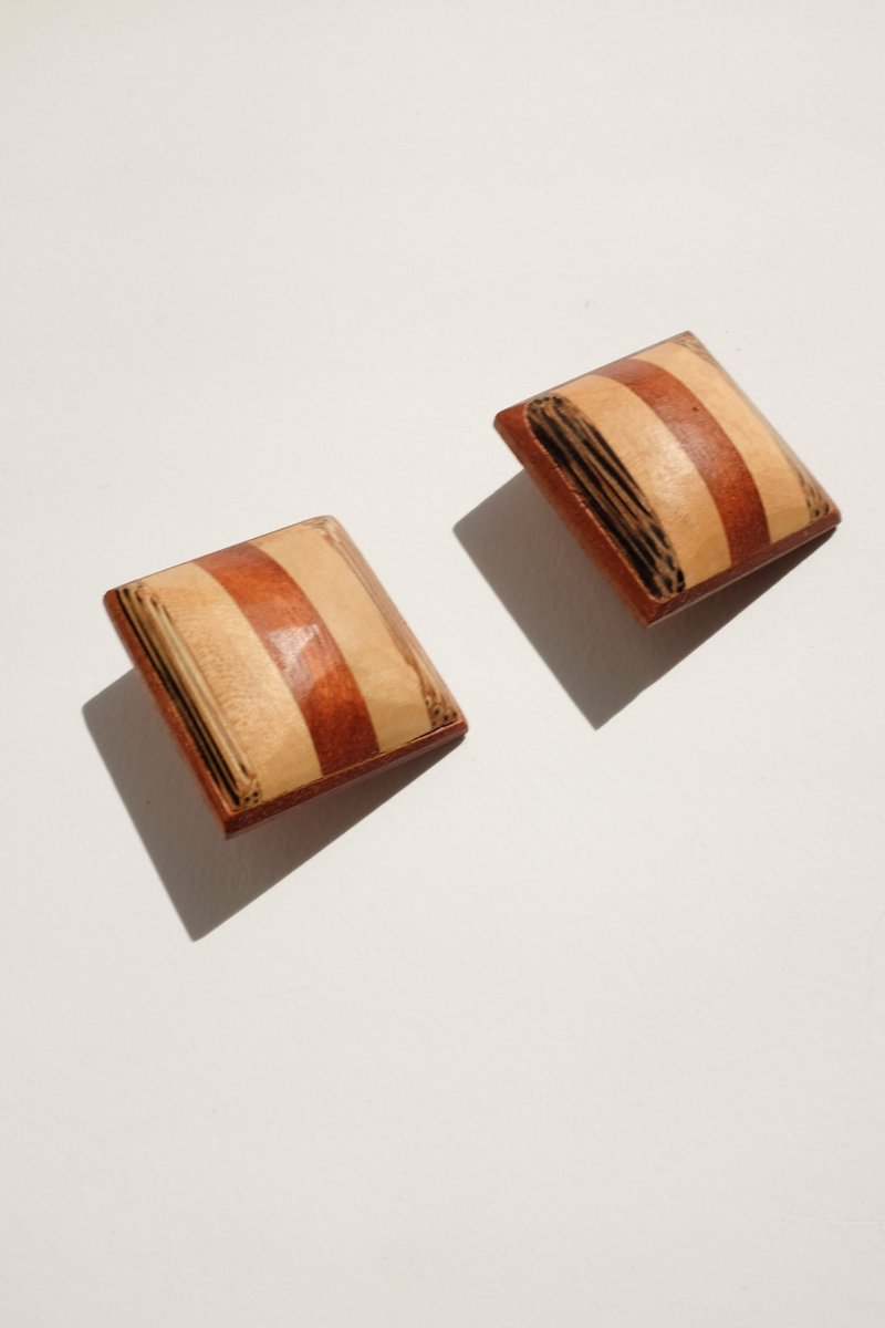 0216_WOOD VINTAGE EARRINGS