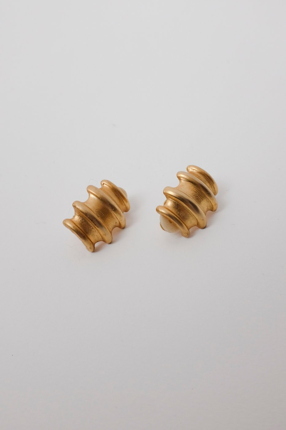 0277_VINTAGE GOLD EARRINGS