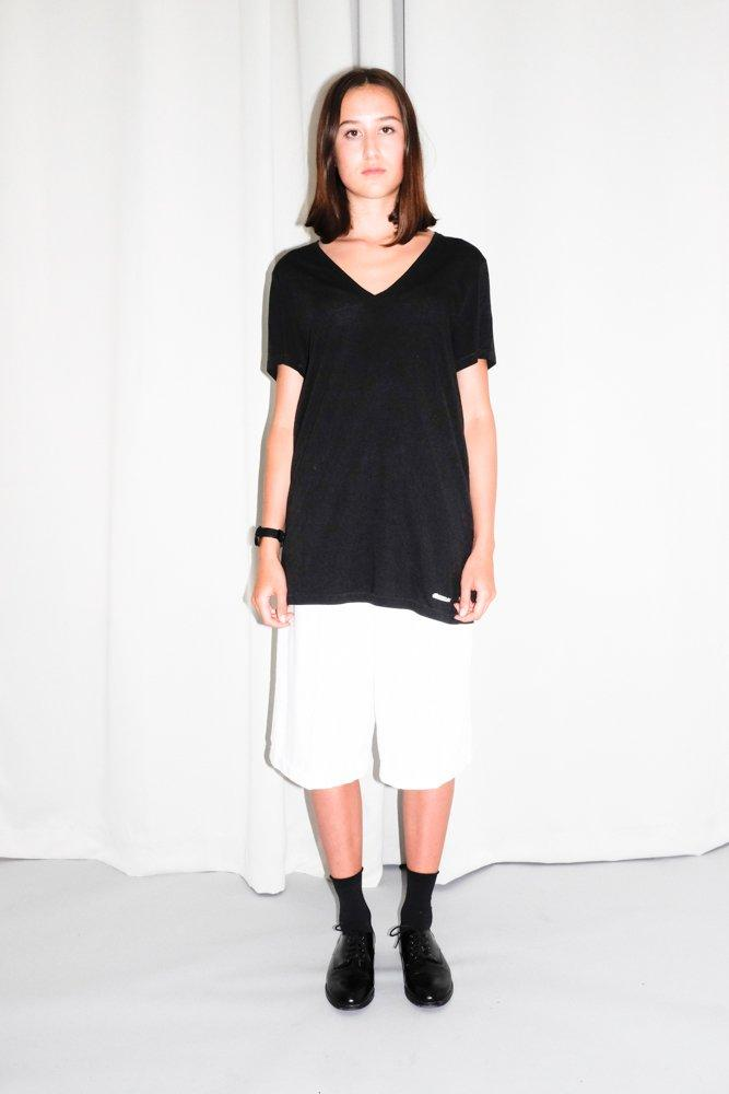 0733_ACNE BLACK OVERSIZED V NECK SHIRT