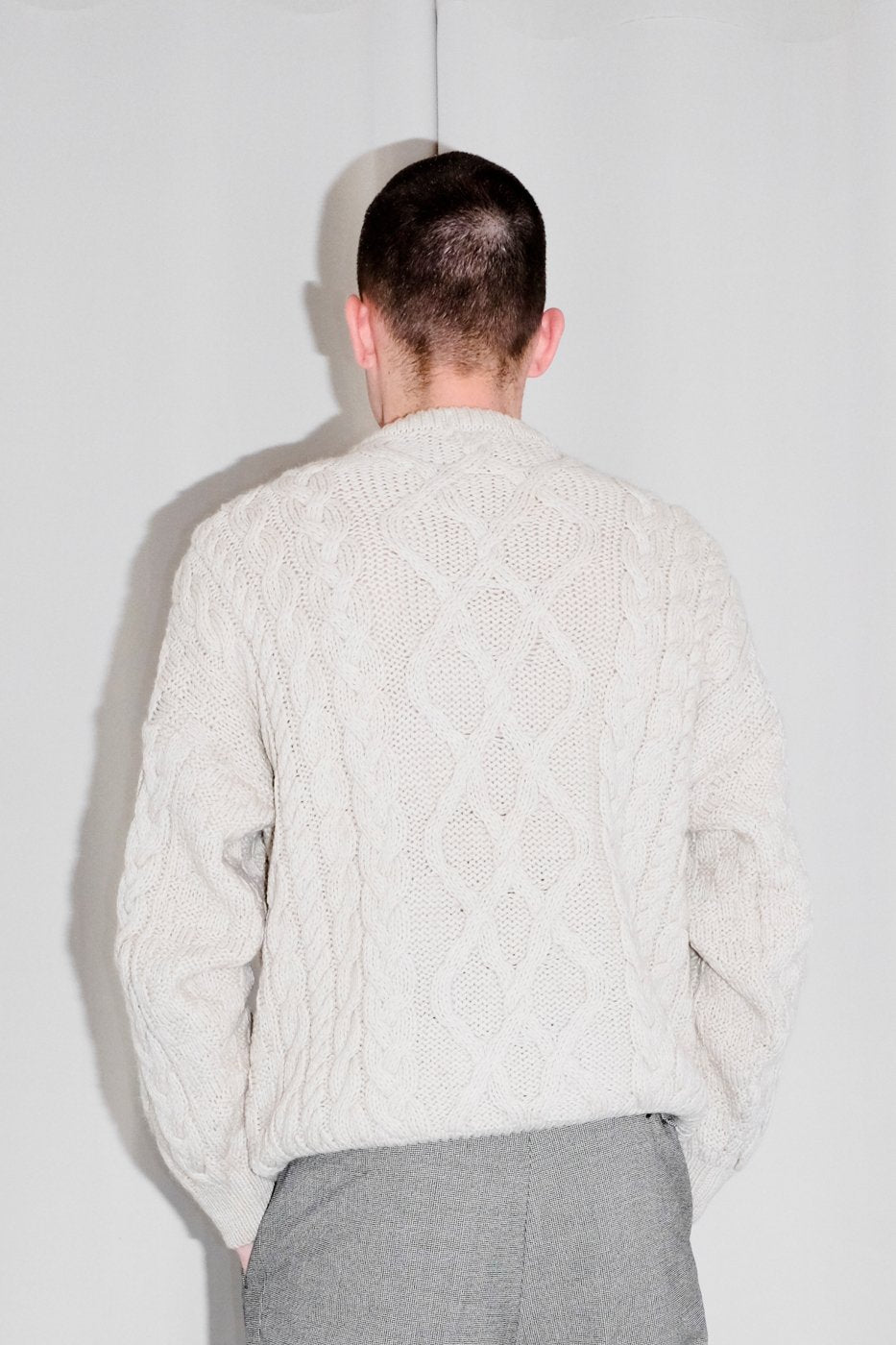 0401_CABLE KNIT CREAM SWEATER