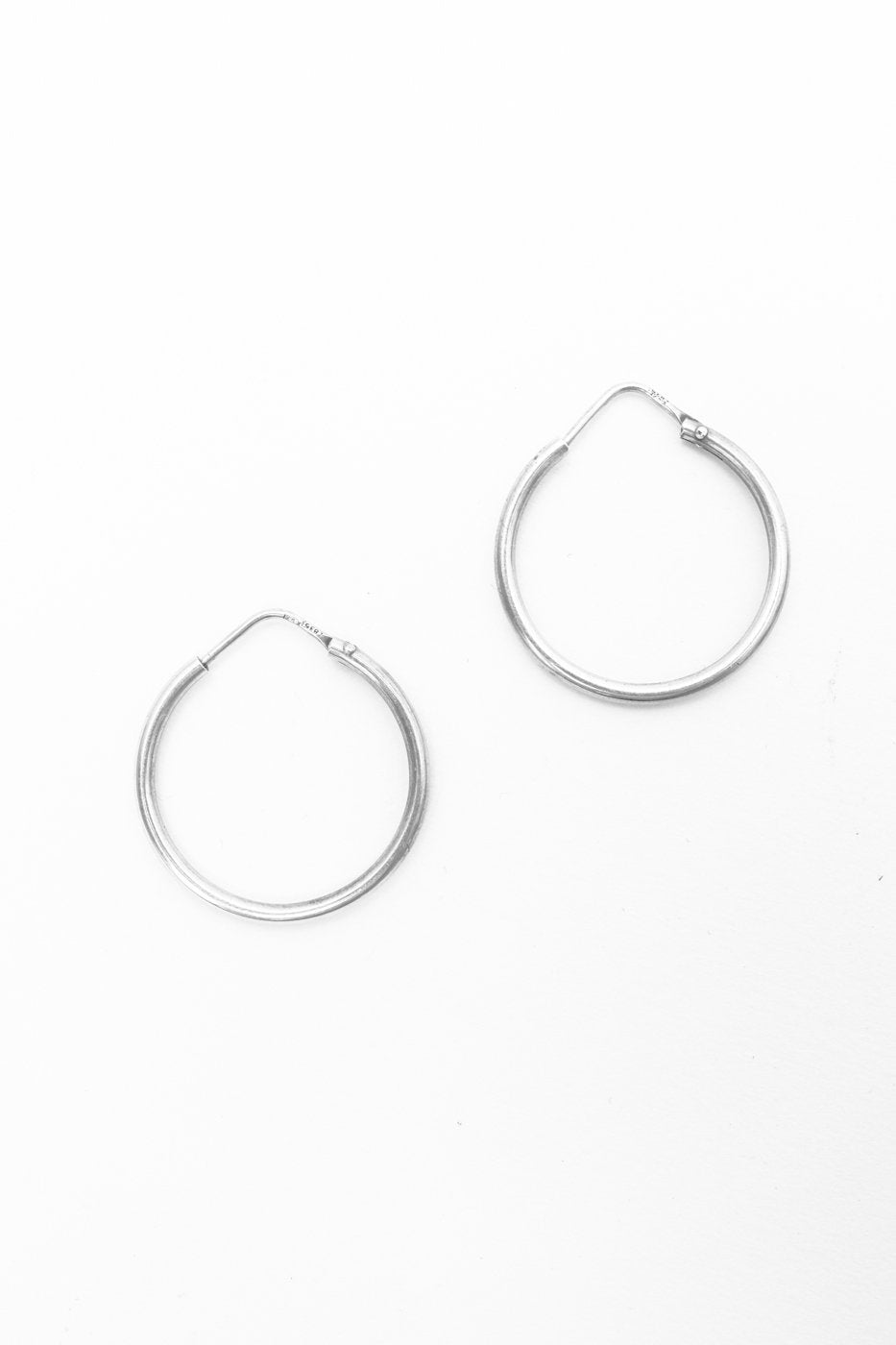 0466_SILVER 835 VINTAGE HOOP EARRINGS // M