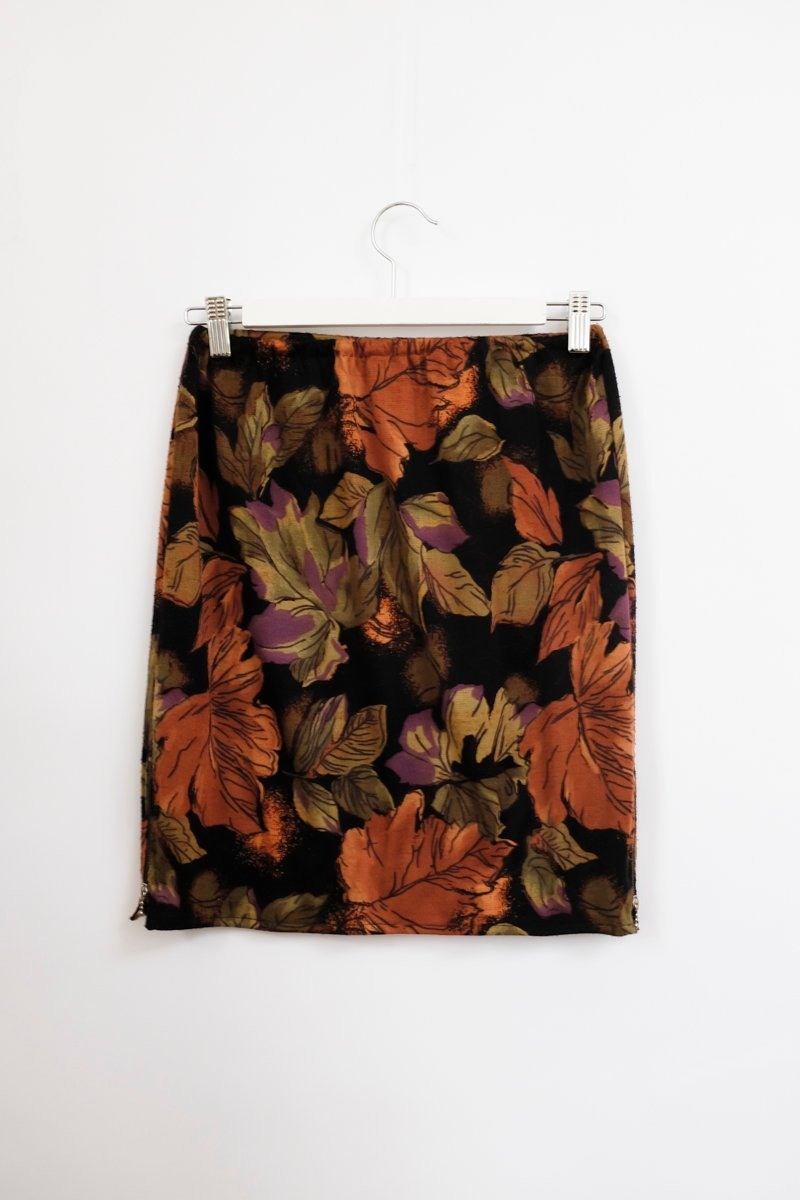 0001_LEAVES VINTAGE SKIRT