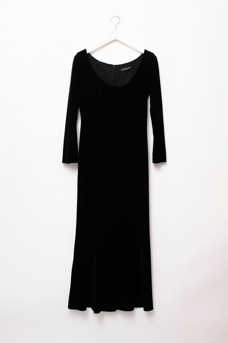 0323_VELVET BLACK LONG DRESS
