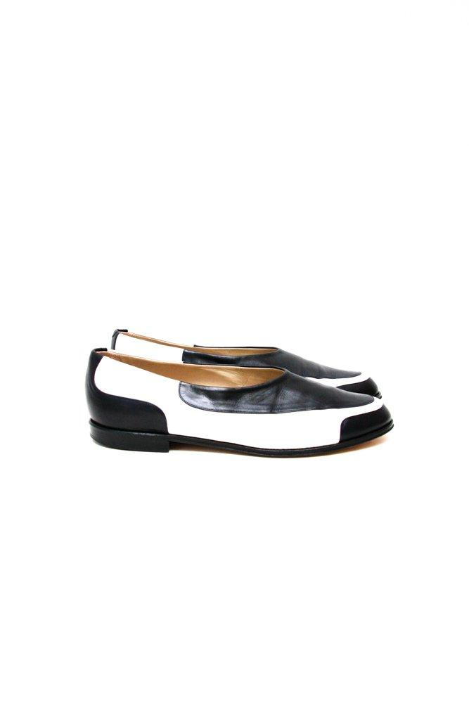 0662_DONNA CAROLINA 39 BLACK WHITE LEATHER SLIPPER FLATS