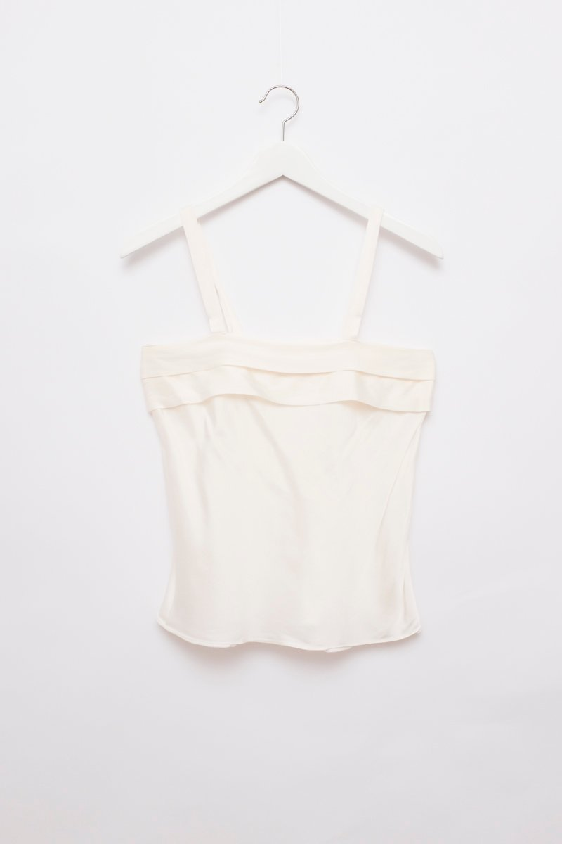 0226_SILK VANILLA PLAIT TOP