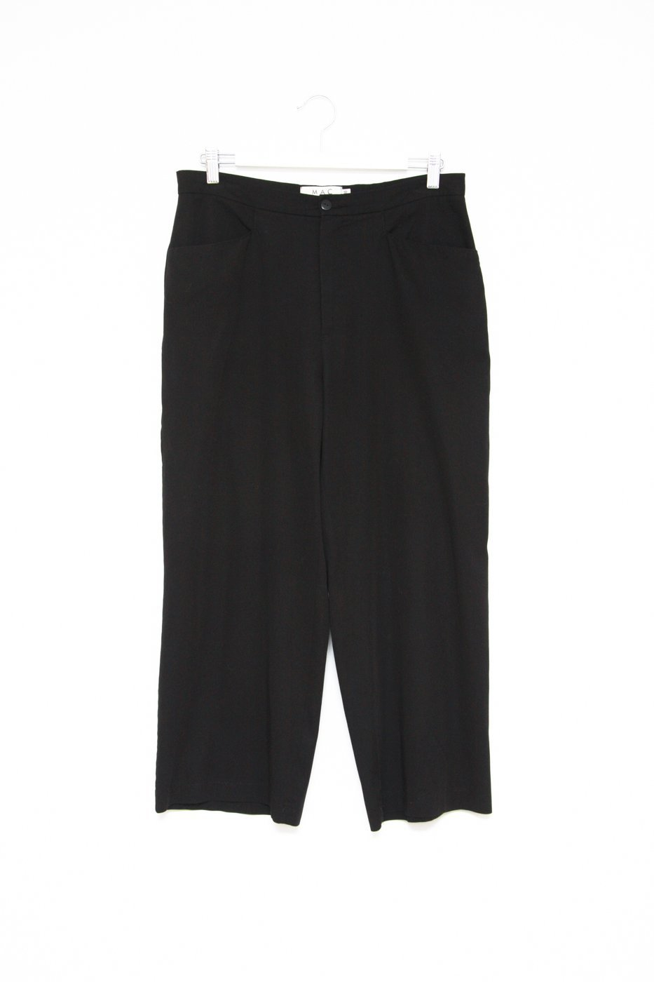 0475_MAC 7/8 BLACK PANTS // 40