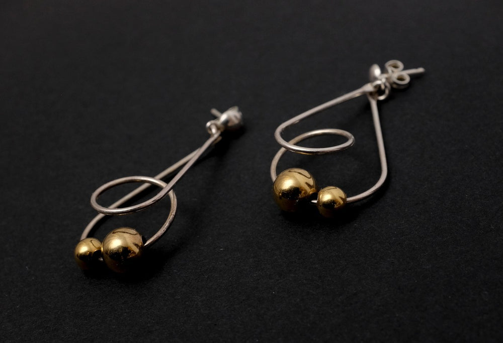 0262_VINTAGE BALL EARRINGS GOLD SILVER