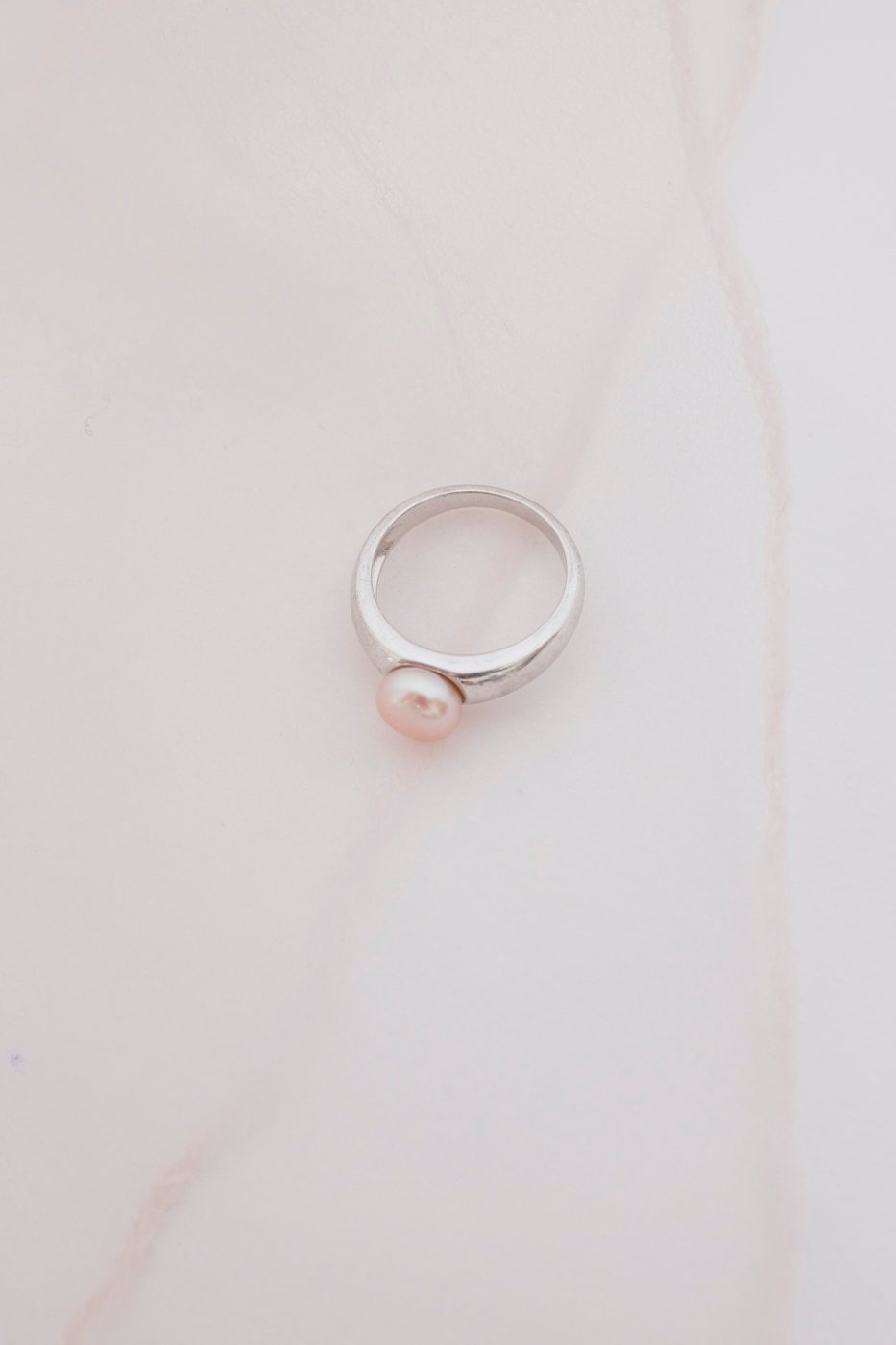 0420_ROSE PEARL STERLING SILVER VINTAGE RING