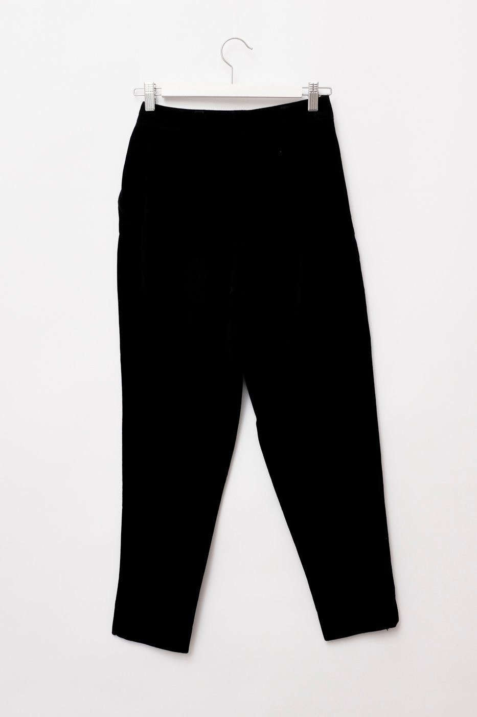 0305_VELVET CARROT BLACK HIGH WAIST PANTS