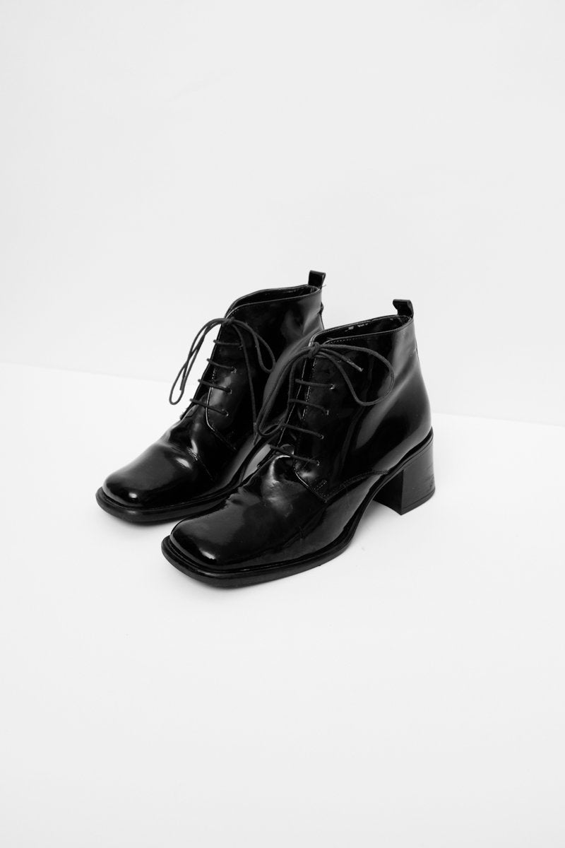 0163_WARM PATENT LEATHER BOOTS 37