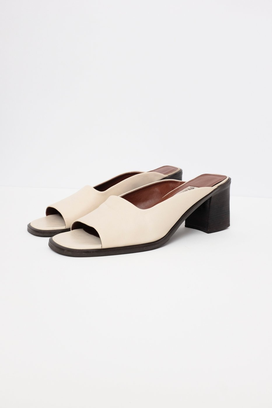 0436_AIGNER NUDE MULE LEATHER VINTAGE SANDALS