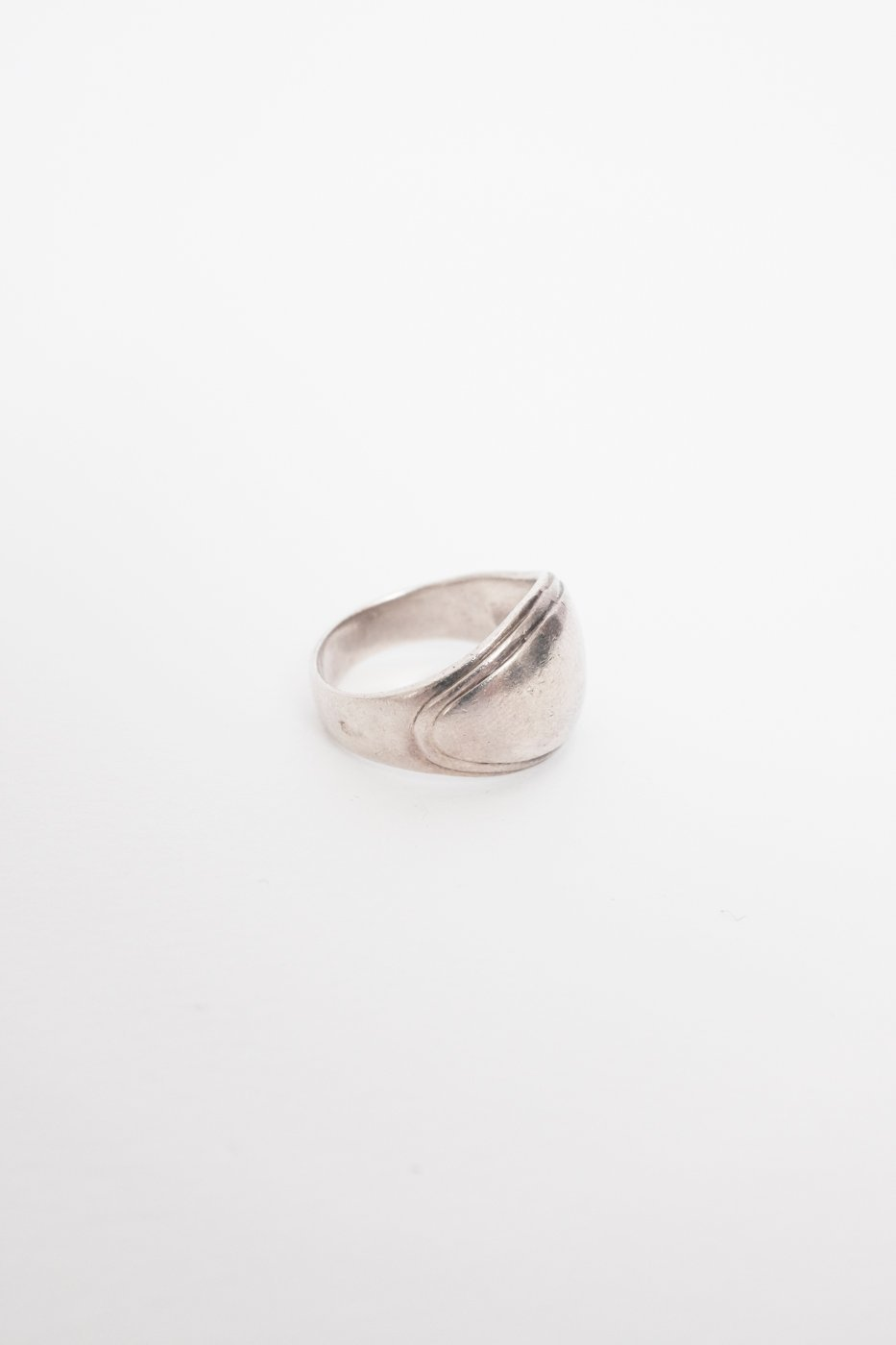 0444_BOLD STERLING SILVER VINTAGE RING