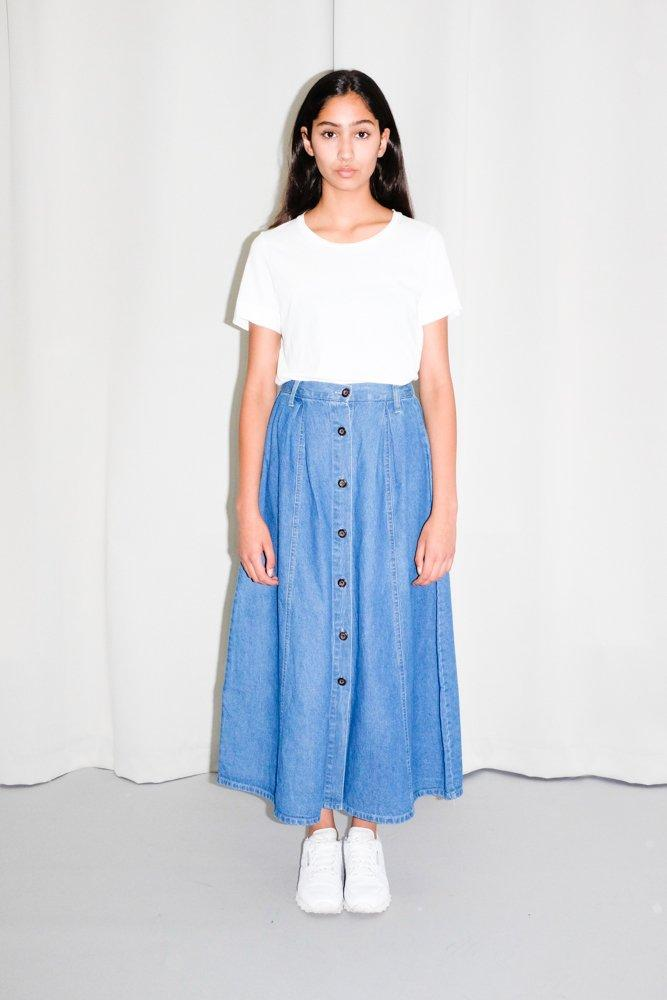 0695_VINTAGE BLUE JEANS BUTTON UP MAXI SKIRT