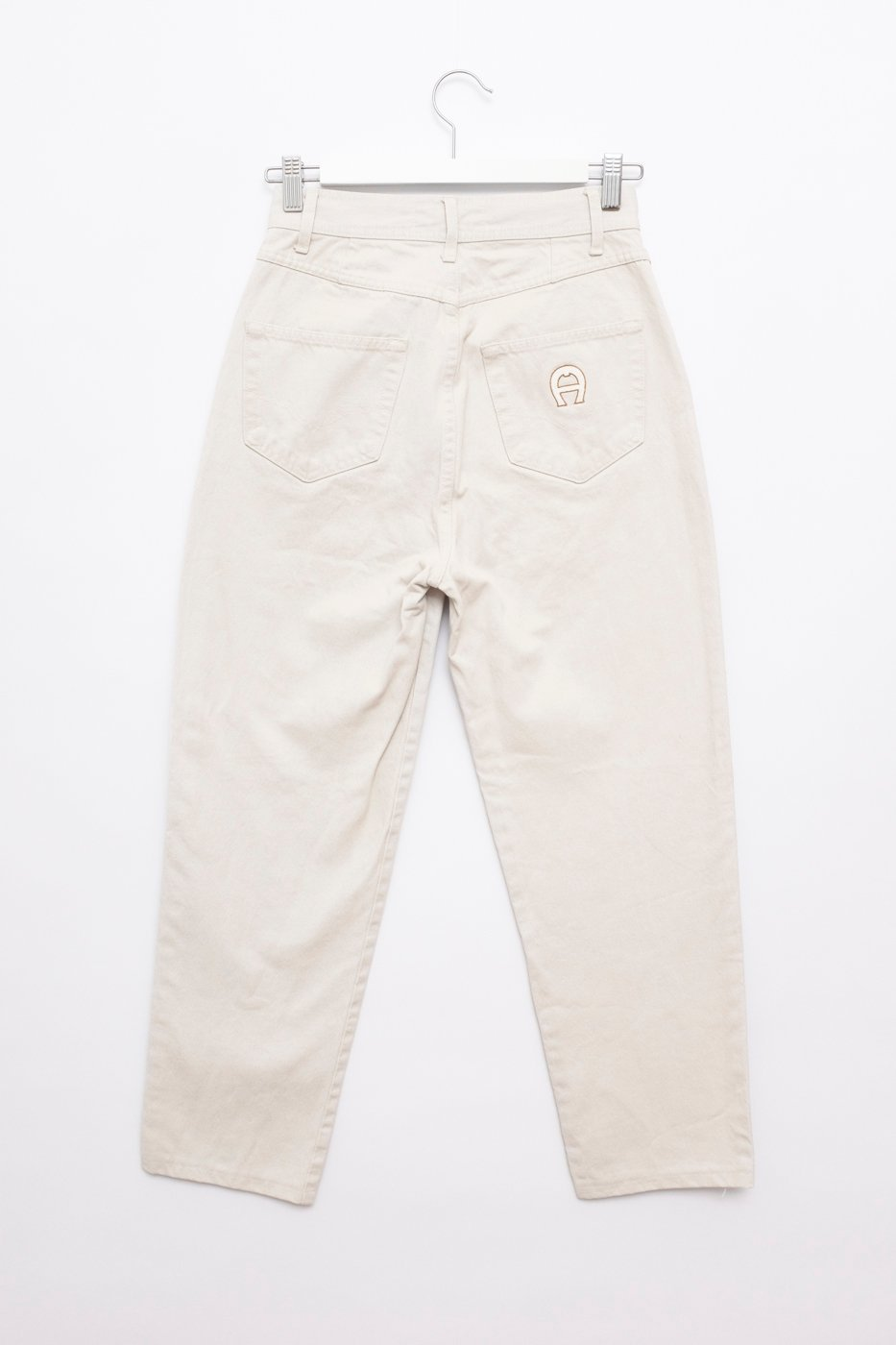 0462_AIGNER OFF WHITE HIGH WAIST CARROT JEANS VINTAGE