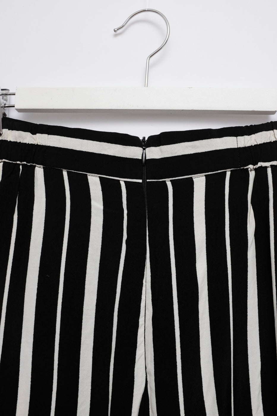 0058_WIDE LEG STRIPPED PANTS