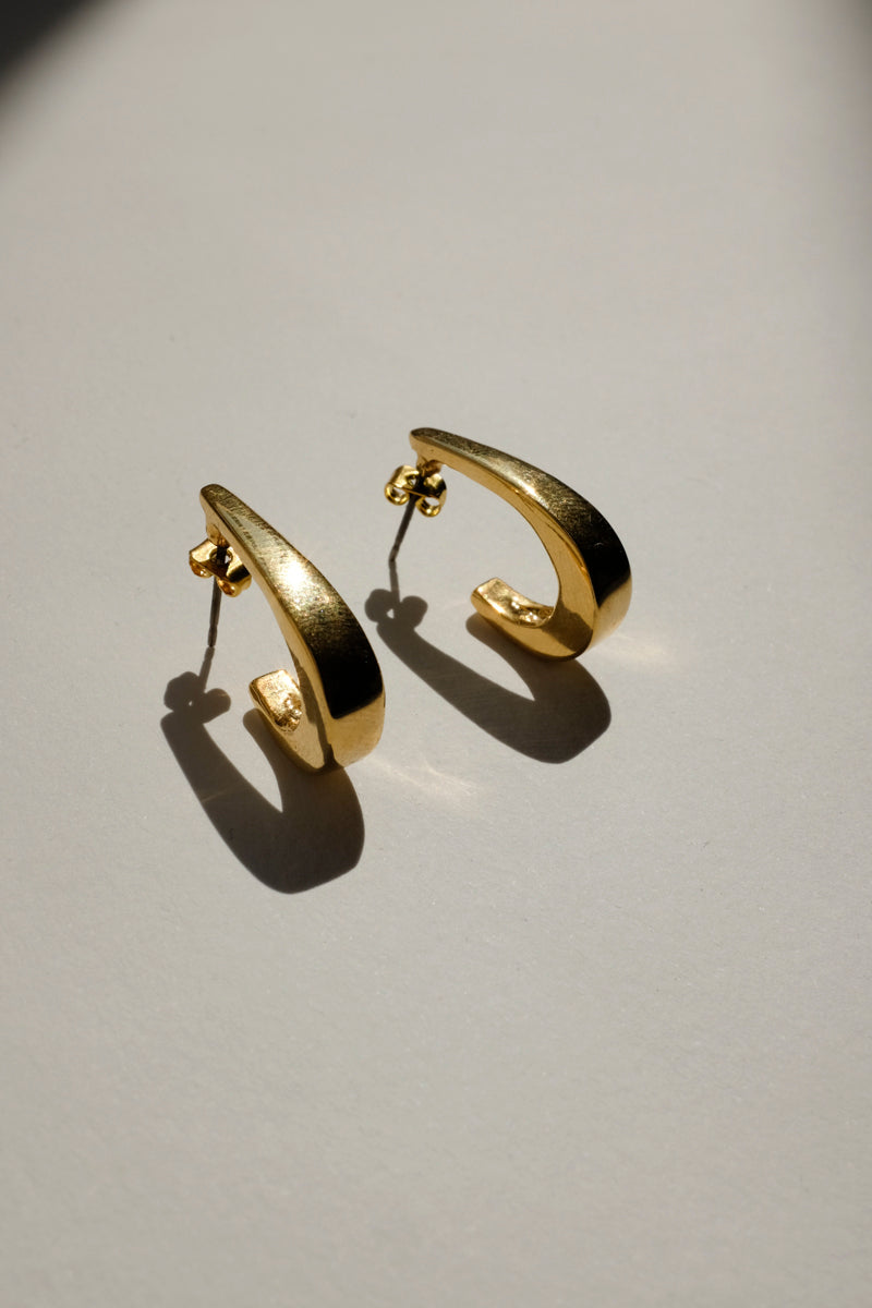 0073_CLEAN VINTAGE GOLD EARRINGS