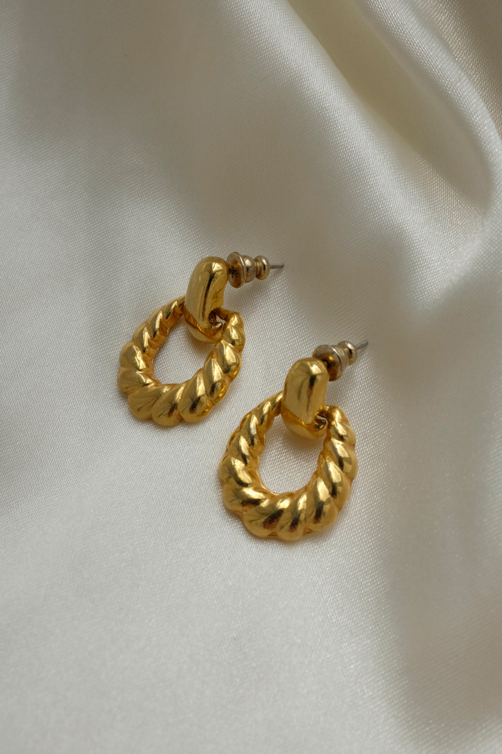 0001_VINTAGE GOLD EARRINGS