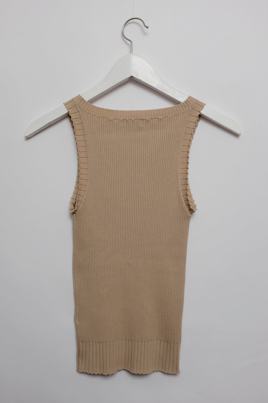 0007_HUGO BOSS BEIGE RIB TOP