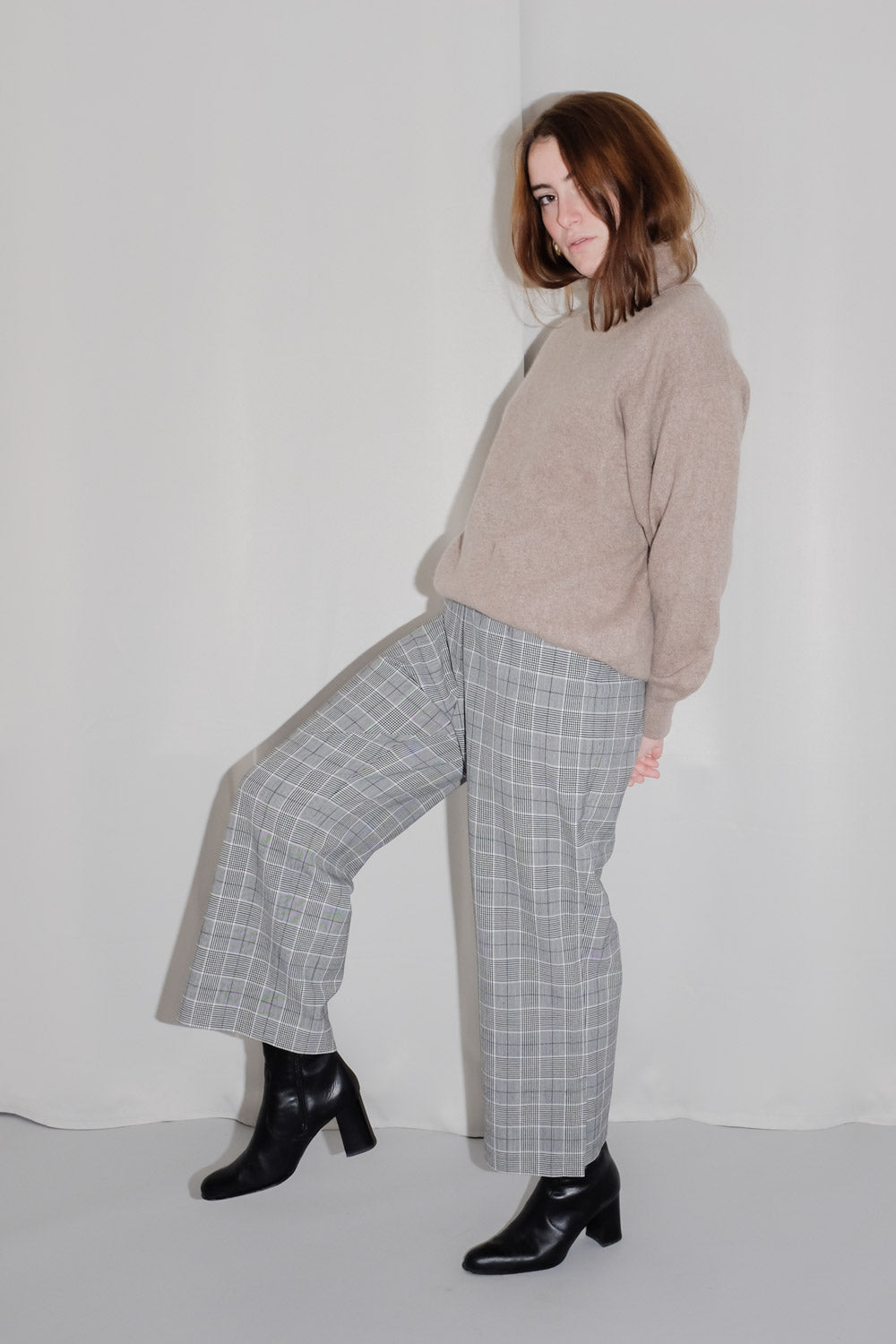 0017_CHECKED WOOL WIDE CROP PANTS