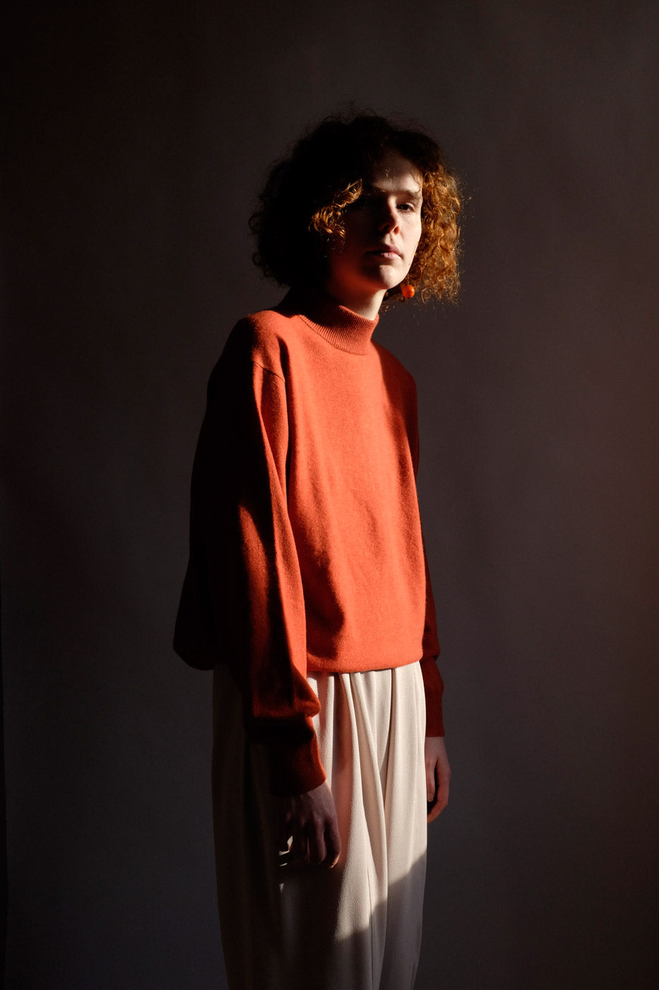 0010_ORANGE CASHMERE SWEATER