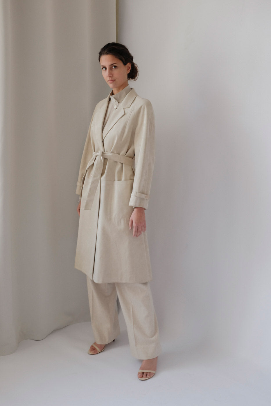 0012_VINTAGE CREAM FAUX SUEDE TRENCH COAT