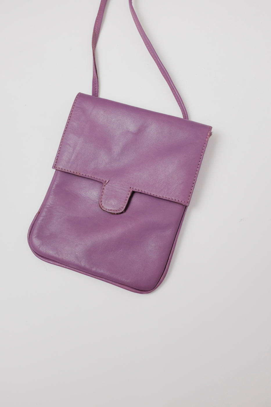 0015_VINTAGE PURPLE LEATHER PURSE BAG
