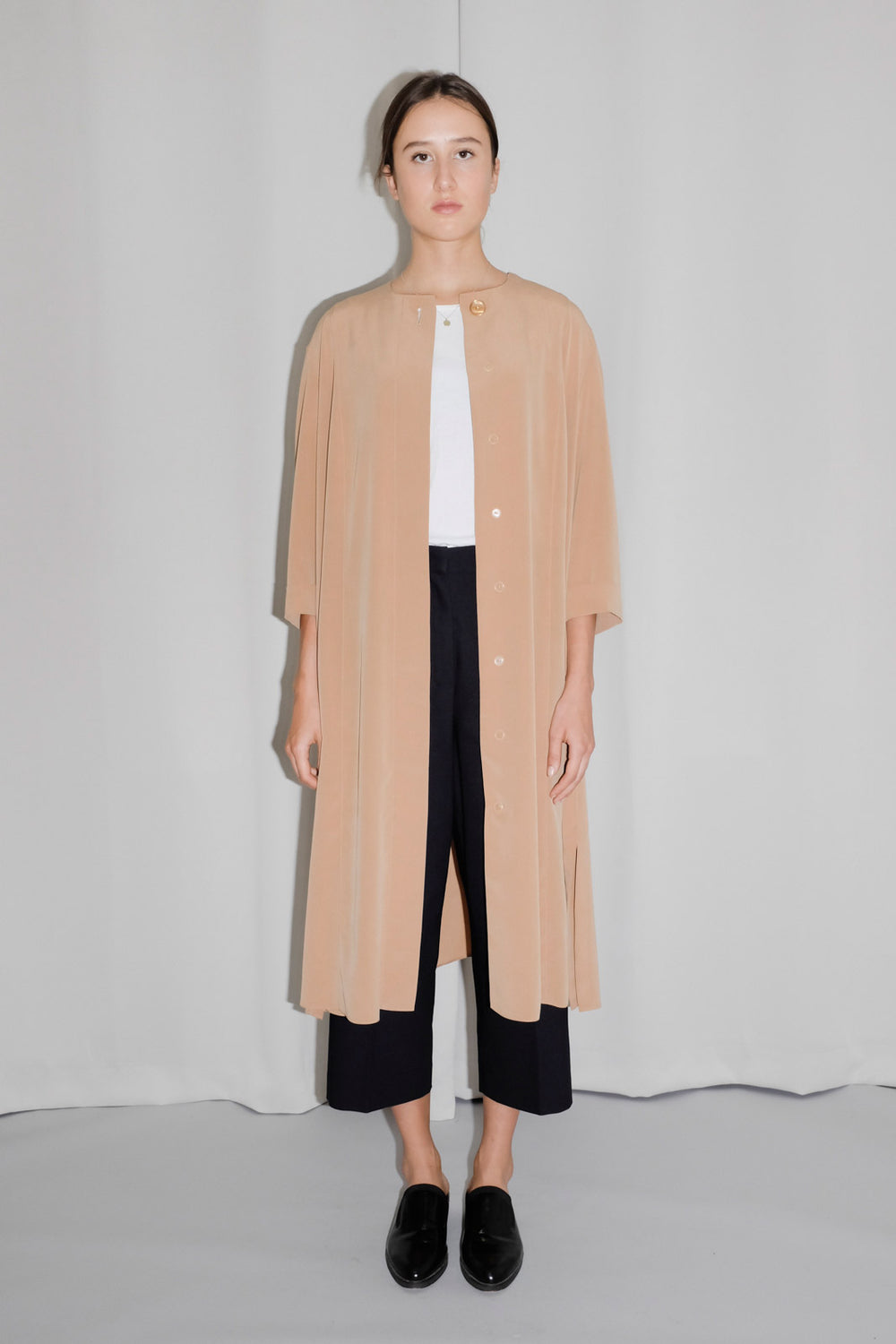 0001_SILKY CAMEL SUMMER COAT