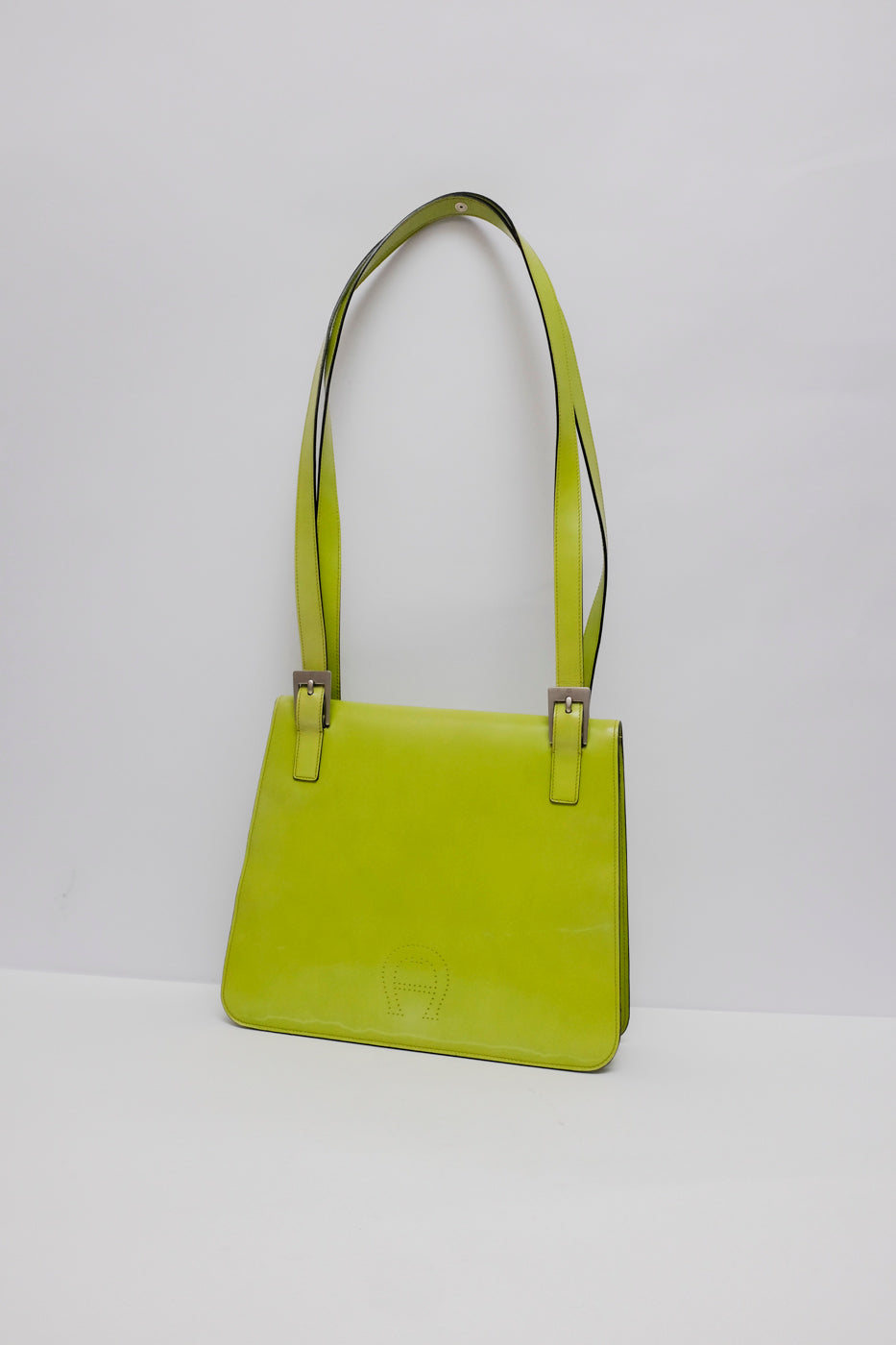 0003_AIGNER LIME GREEN LEATHER BAG