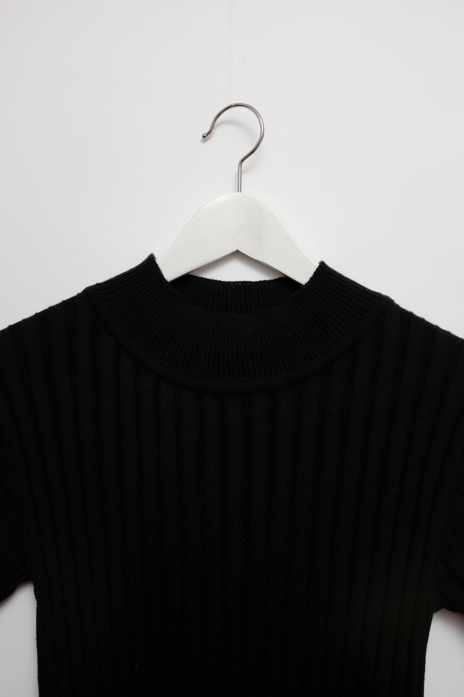 0005_RIBBED KNIT TOP