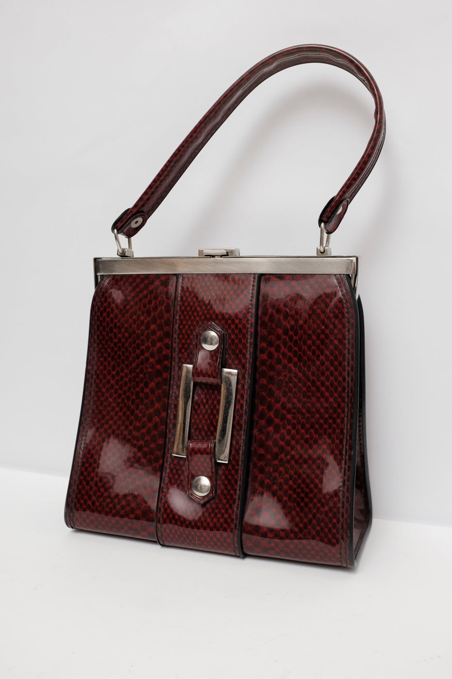 0005_SNAKE PATENT VINTAGE UNDER ARM BAG