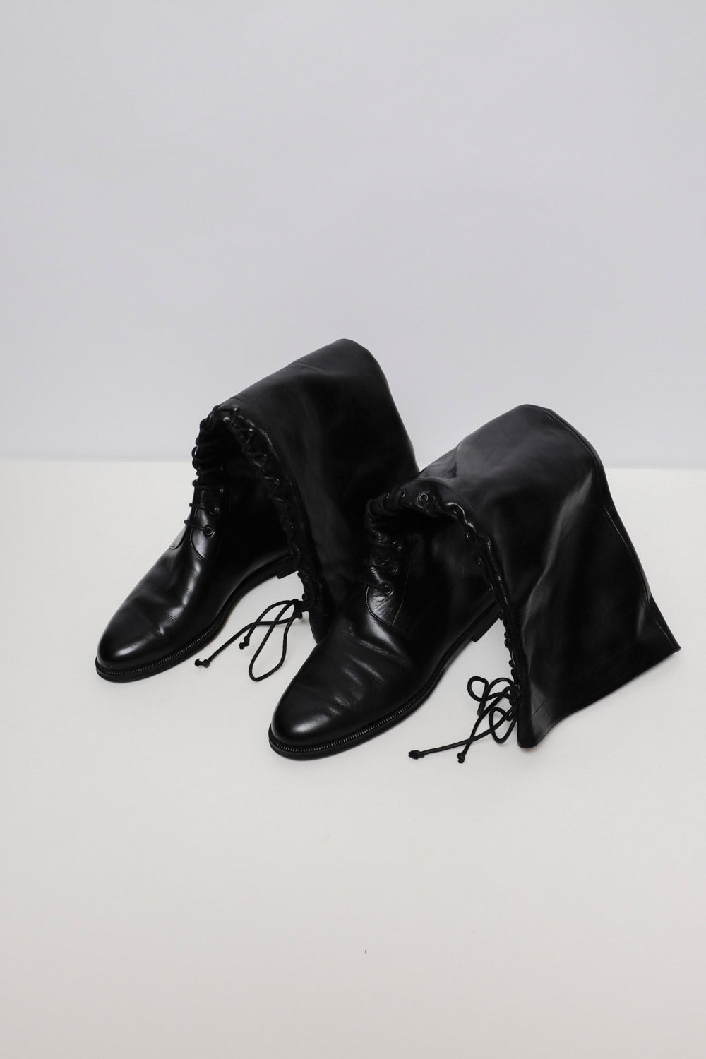 0018_THE BOOTS 41