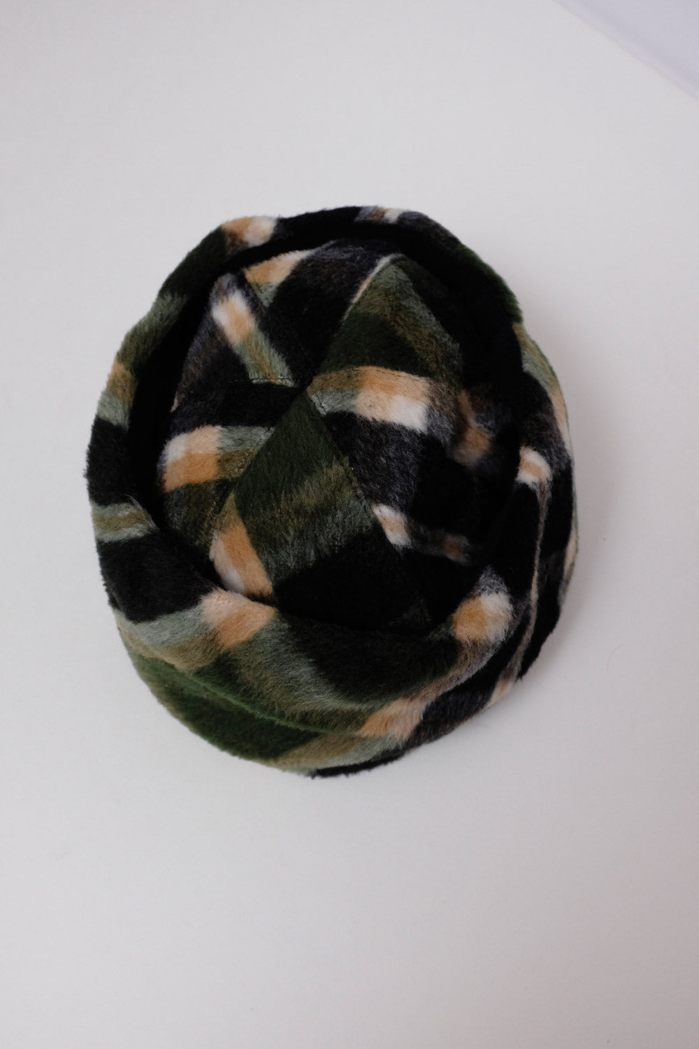 0018_VINTAGE TARTAN WARM WINTER HAT