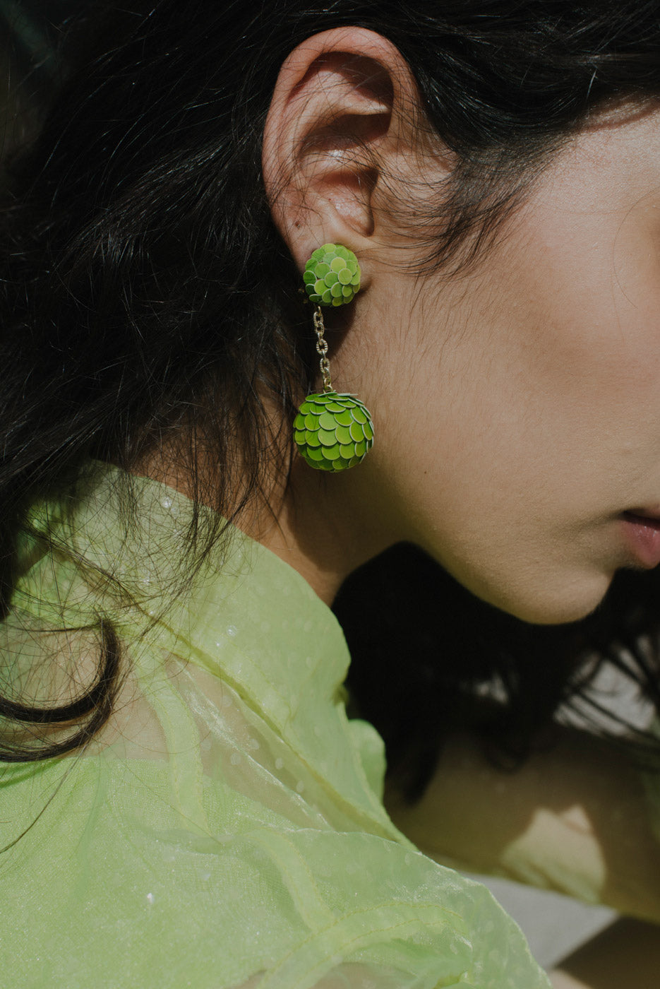 0003_VINTAGE GREEN BALL EARRINGS