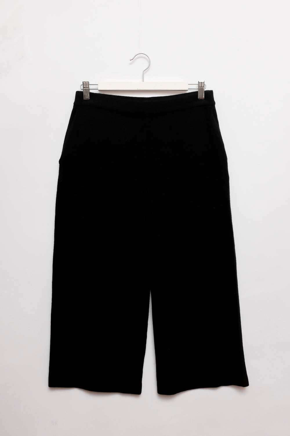 0019_COS BLACK CROPPED WOOL PANTS