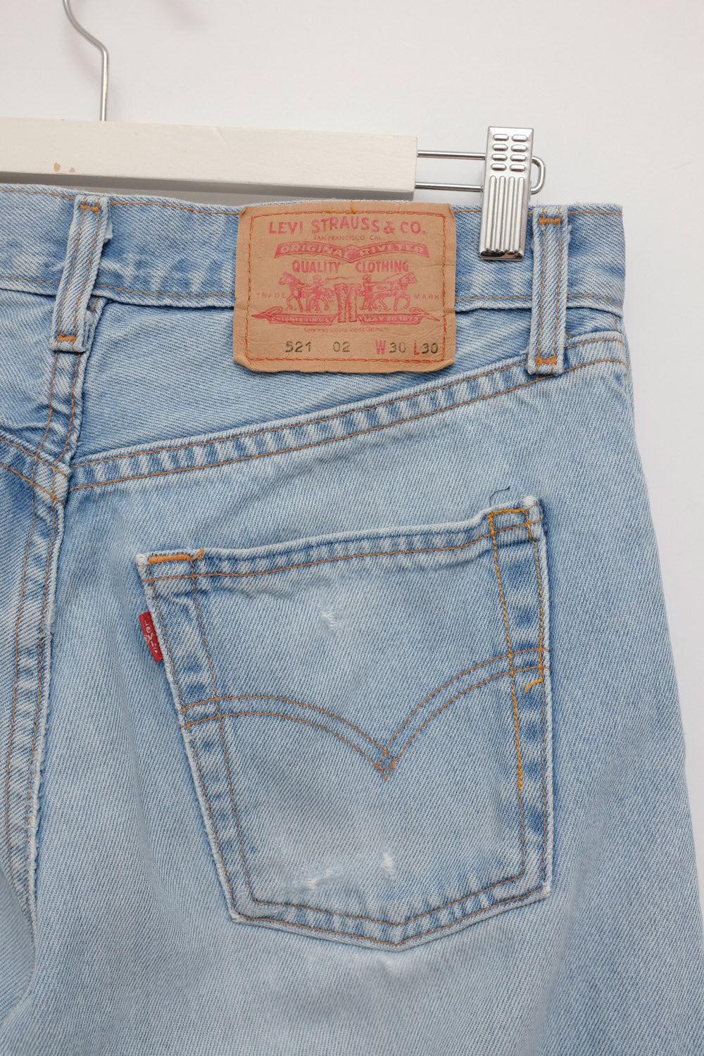 0021_LEVIS VINTAGE STRAIGHT TAPERED JEANS BLUE W30
