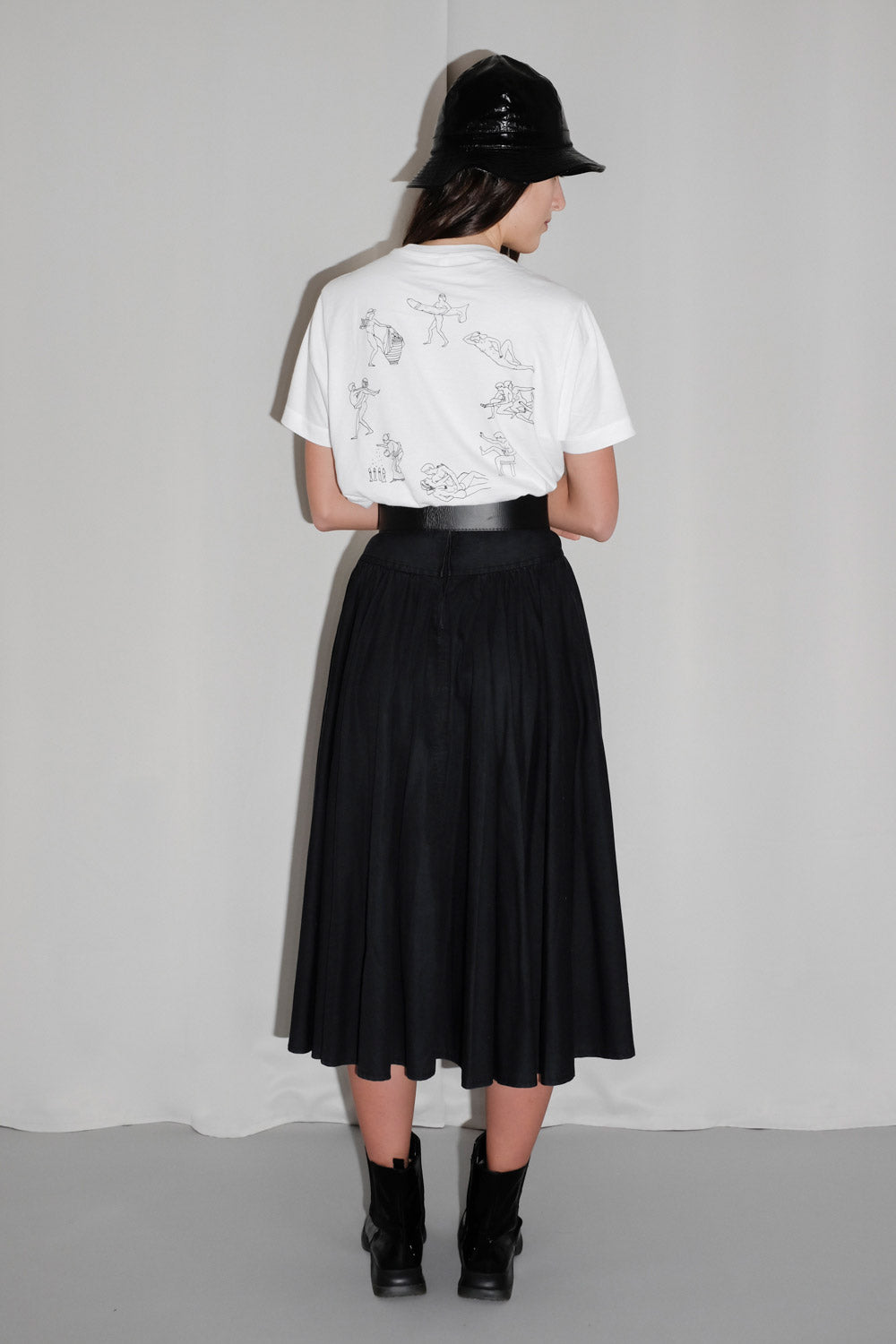 0021_BLACK MIDI SWING SKIRT