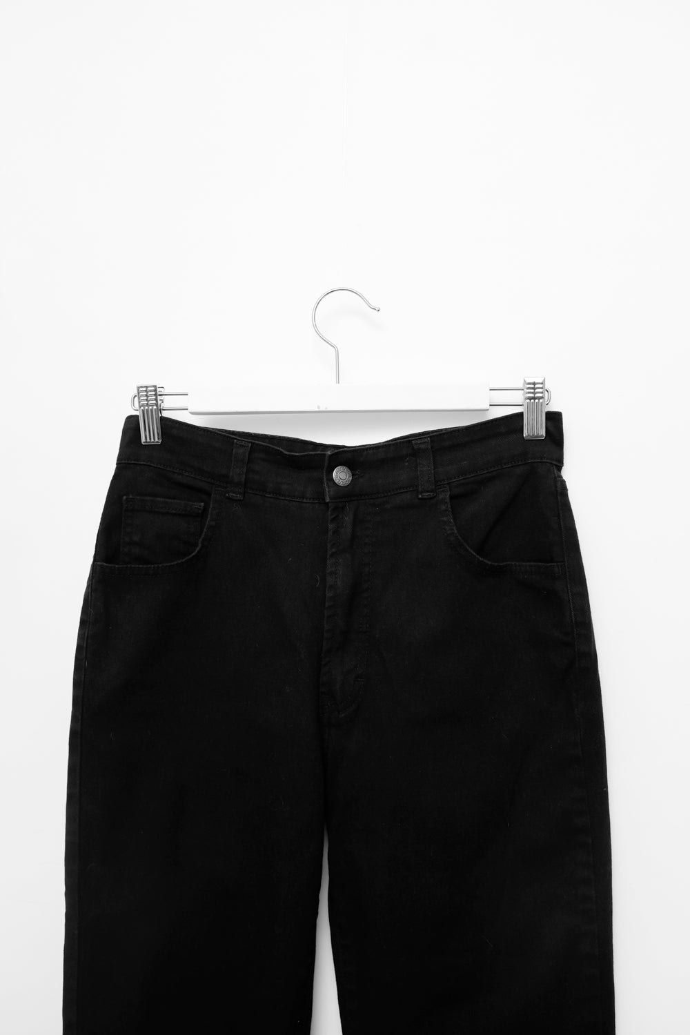 0021_BLACK HIGH WAIST STRAIGHT CROPPED JEANS