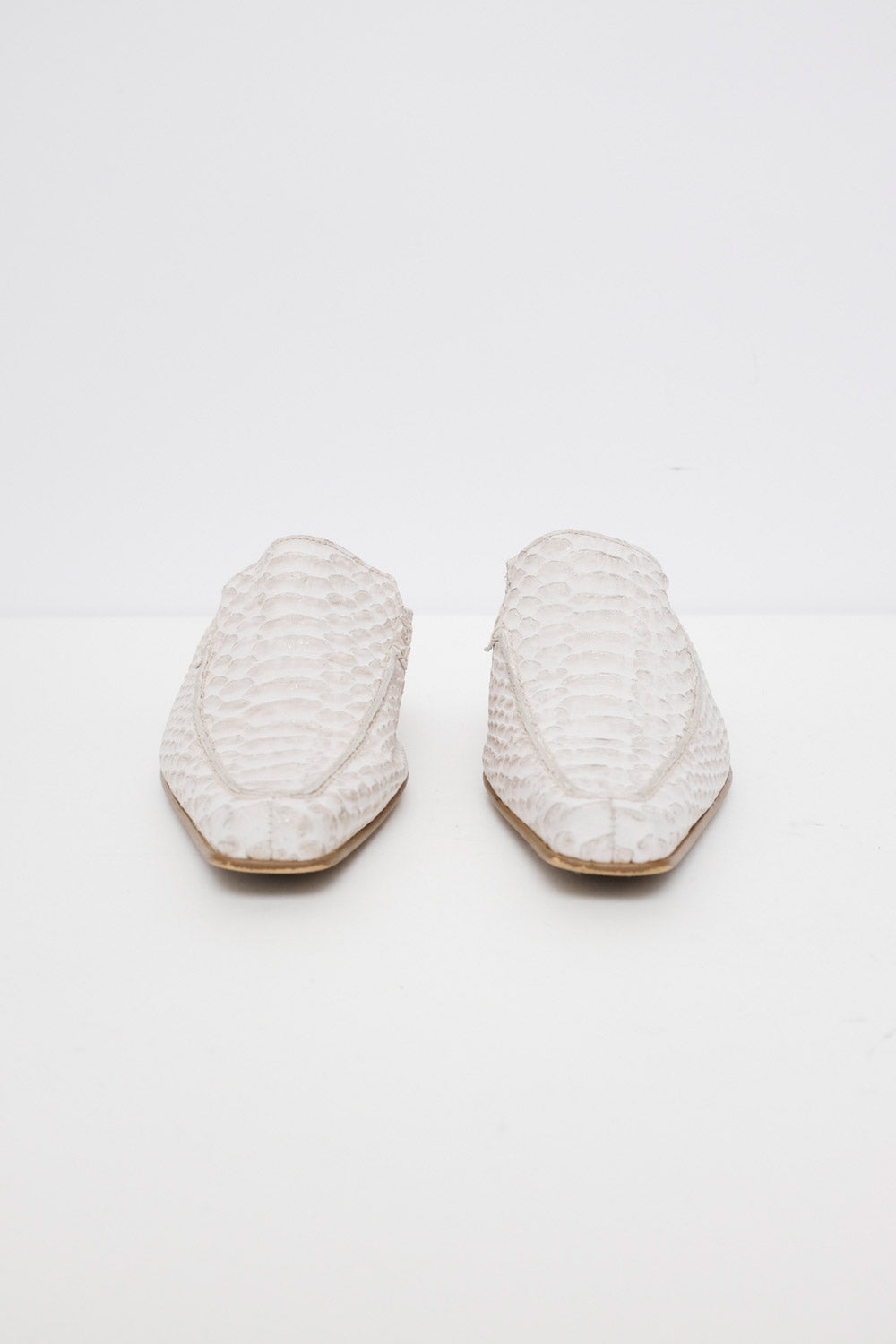 0026_OFF WHITE LEATHER SLIDES