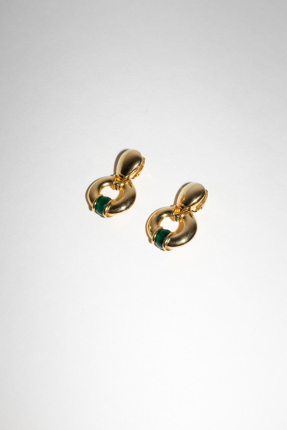 0009_VINTAGE GOLD WITH GREEN HOOPS