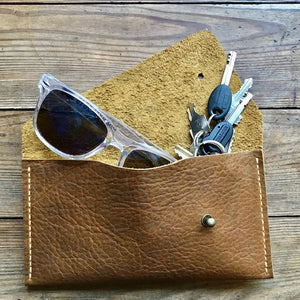 Single Pocket Clutch WALNUT