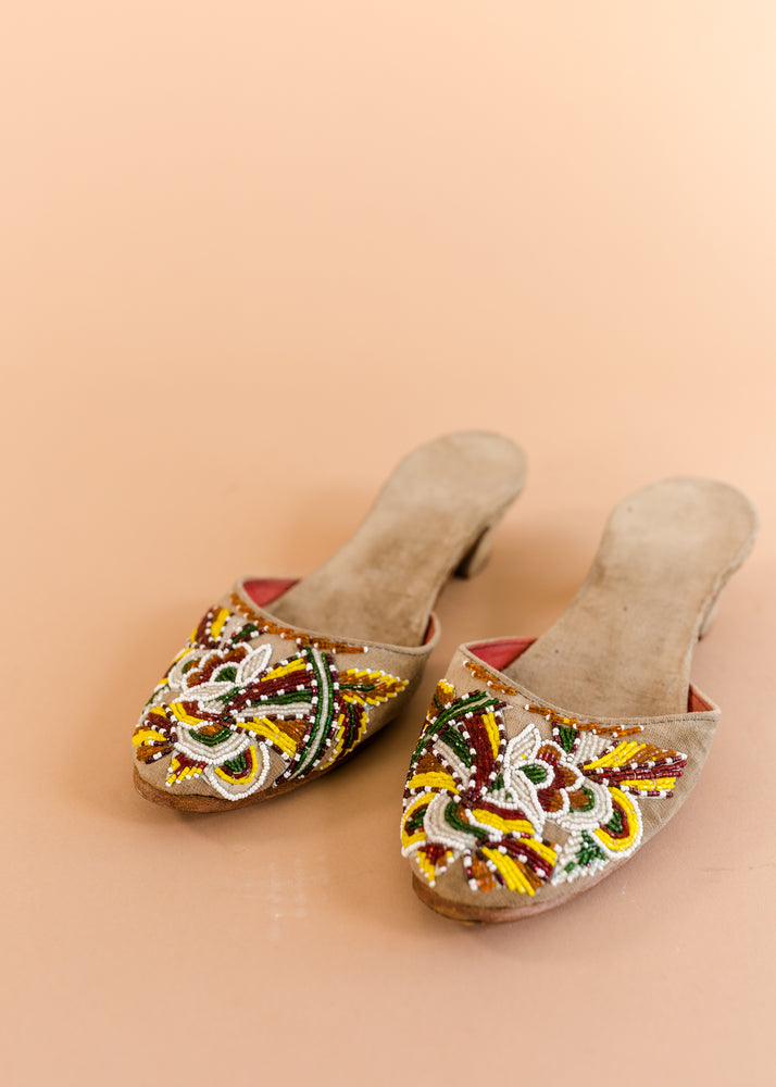 Load image into Gallery viewer, Beaded Asian Mules