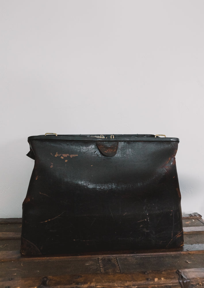 Antique Overnight Bag